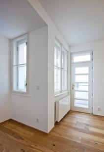 Rekonstrukce funkcionalistického rodinného domu v Brně