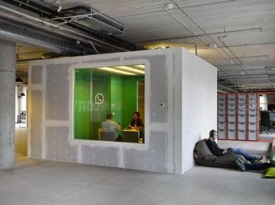 Kancelářské prostory SOCIALBAKERS Karlín - foto: Filip Šlapal