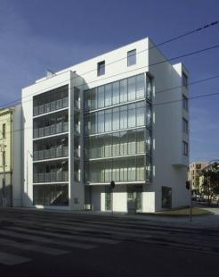 Bytový dům Vídeňská - foto: Petr Hampl