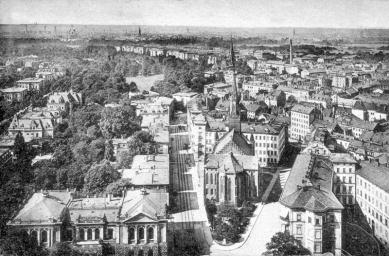 Katolický děkanský kostel sv. Trojice - Fotografie z roku 1910 - západní pohled