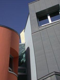 Centrum Vitra - foto: Petr Šmídek, 2003