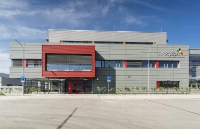 Výrobní areál LIFOCOLOR - foto: Tomáš Malý