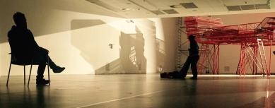 Care for Architecture: Asking the Arché of Architecture to Dance - Zkouška taneční skici, Farma v jeskyni, DOX Praha - foto: archiv autorů