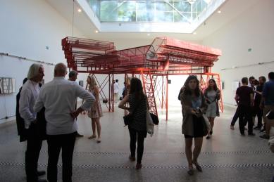 Care for Architecture: Asking the Arché of Architecture to Dance - Care for Architecture: Asking the Arché of Architecture to Dance, La Biennale di Venezia 2016, vernisáž - foto: archiv autorů