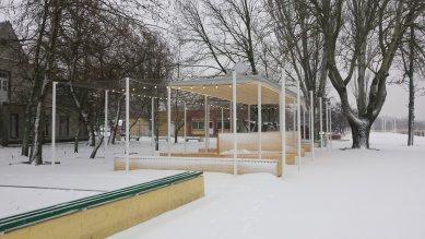 Pavilon na nábřeží Dněpru