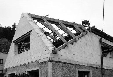 Rodinný dům Žďárský  - Z průběhu realizace - foto: under-construction architects