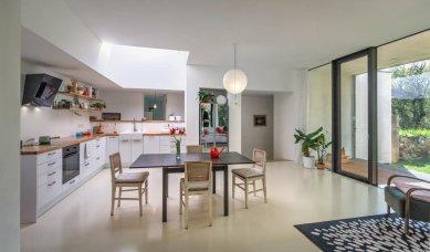 Dům v zahradě - Obývací pokoj - foto: Ivan Bárta