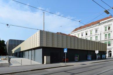 Divadlo v paláci  - foto: Petr Šmídek, 2015