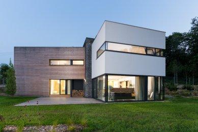 Rodinný dům v Pržně u Vsetína - foto: Studio Toast