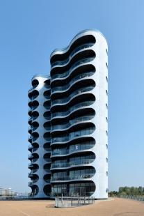 Bytový dům Metropolis - foto: Petr Šmídek, 2014