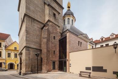 Rekonstrukce Bílé věže v Hradci Králové - foto: Lukáš Pelech