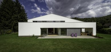 White Villa - foto: Ivan Bárta