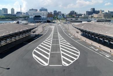 Mezinárodní přístavní terminál Yokohama - foto: Petr Šmídek, 2012