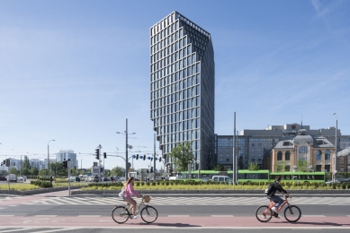 Administrativní budova Bałtyk - foto: Ossip van Duivenbode