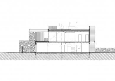 Rodinný dům v Olomučanech - Řez A-A' - foto: New Work