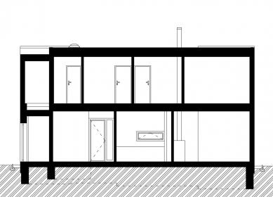 Rodinný dům Pulec II - Podélný řez - foto: New Work