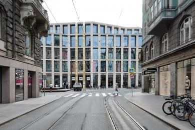Obchodní dům Tyrol - foto: Petr Šmídek, 2015