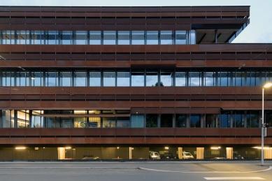 Provozní budova IVB - foto: Petr Šmídek, 2015