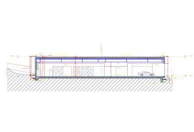 Showroom Scuderia - Řez - foto: Qarta architektura