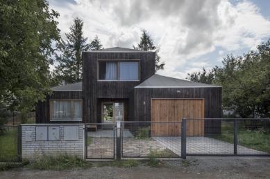 Dům ve Zličíně - foto: © Tomáš Rasl