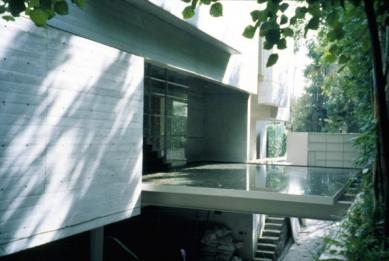 GGG House