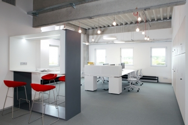 Výzkumné a vývojové centrum TARGET TECHNOLOGIE