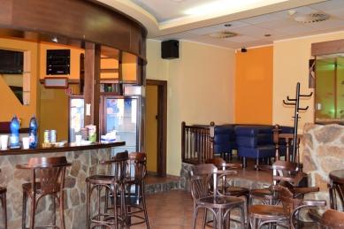 Venti20 - rekonstrukce kavárny  - Fotografie původníh stavu - foto: architekti Šercel Švec