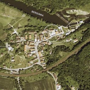 Úprava hospodářského dvora Bukovec pro bydlení - Situace - foto: projectstudio8