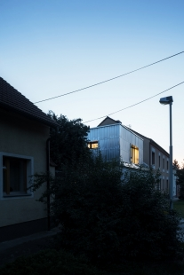 Rekonstrukce rodinného domu v Bohnicích - foto: Kompost.works / BcA. Petr Polák, Bc. Matěj Hošek