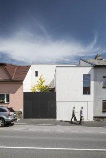 Rodinný dům s ateliérem - foto: Tomáš Rasl