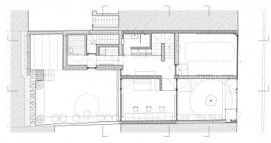 Rodinný dům s ateliérem - Půdorys 1NP