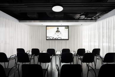 Showroom Schüco - foto: Studio Flusser