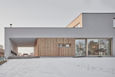 Rodinný dům v Křeslicích - foto: Peter Fabo