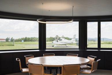 Rekonstrukce leteckého hangáru - foto: Studio Flusser