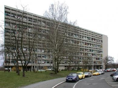 Unité d'habitation 'Typ Berlin' - foto: Petr Šmídek, 2002