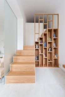 Byt v odstínech bílé a dřeva - foto: Klára Žitňanská