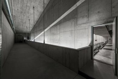 Centre for Contemporary Art DOX+ - foto: Benedikt Markel