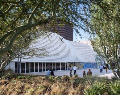 Showroom Decor Design - Skica - foto: studio AEIOU