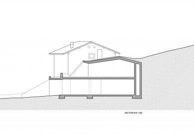 Rozšíření rodinného domu na farmě Felderhof - Řez b-b' - foto: Pavol Mikolajcak Architekt