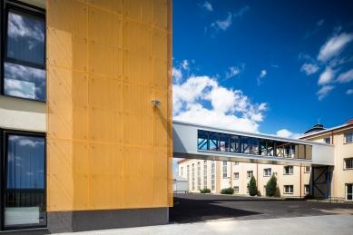 Montážní hala TMT - foto: Tomáš Kubelka