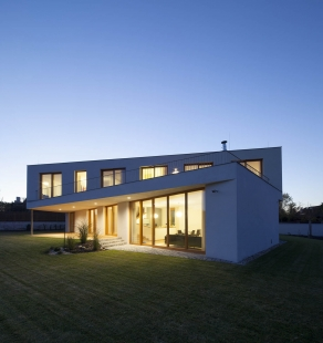 Rodinný dům Horní Jirčany - foto: Jan Mahr