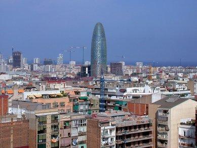 Torre Agbar - foto: Petr Šmídek, 2006