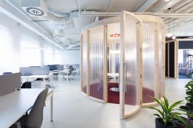 Interiér kanceláře Forbes Slovensko - foto: Alexandra Timpau / www.alexshootsbuildings.com