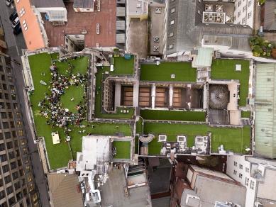 Terasy paláce Lucerna - Fotografie z průběhu Ivy Bitové