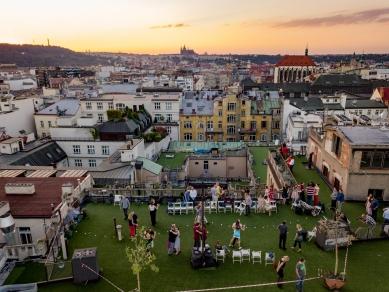 Terasy paláce Lucerna - Fotografie z tanečního večera tango