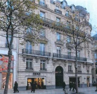 Apple Champs-Élysées - Fotografie původního stavu