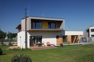 Rodinný dům Cholupice - foto: Lina Németh