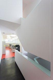 Přístavba administrativní budovy - foto: Lukáš Němeček