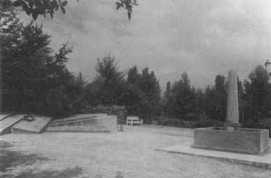 Pomník obětem březnového puče - Historický snímek z roku 1935