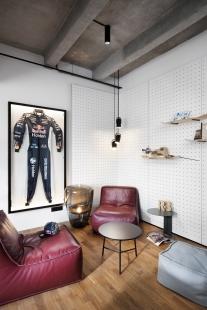 Kanceláře společnosti Red Bull - foto: Josef Kubíček